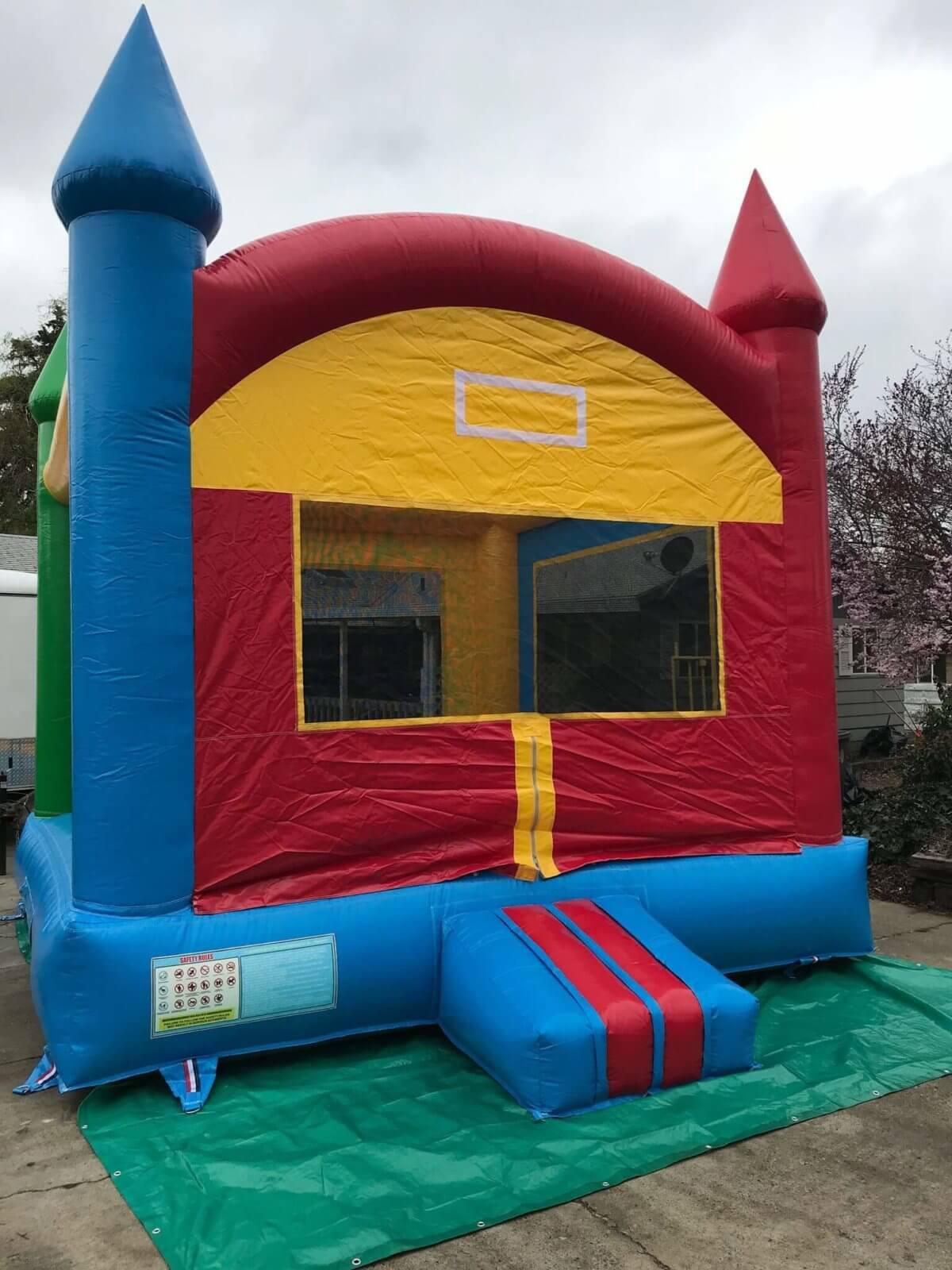 Basic Bounce house setup Yakima